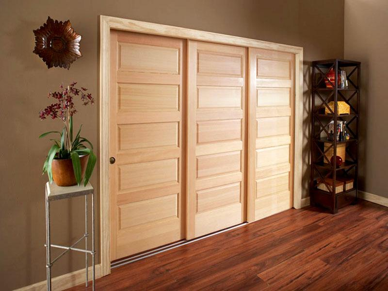 Как построить гардероб и какие двери выбрать раздвижные складные или традиционные