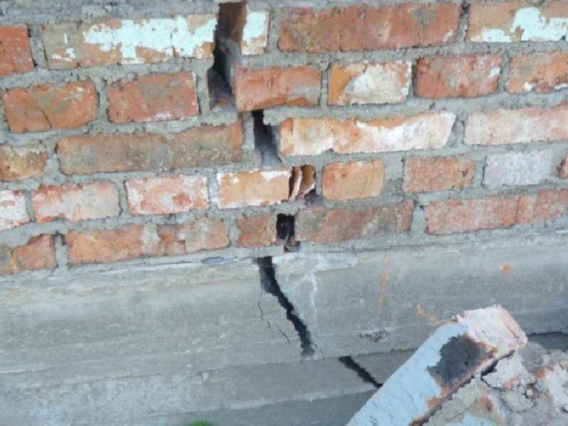 Трещины в стенах причины и устранение трещин в стенах скрепление стен стальными прутьями