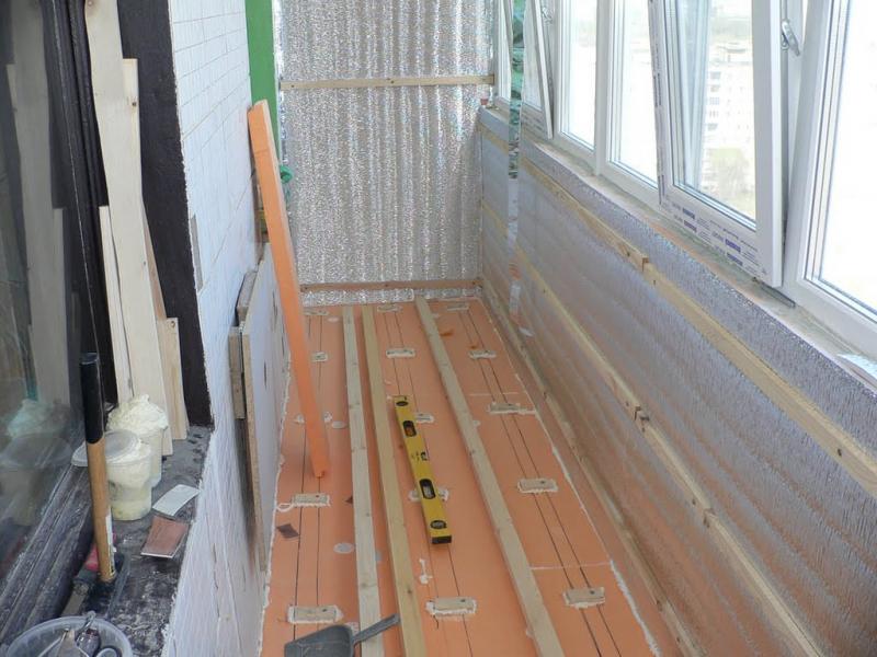 Как сделать ремонт лоджии своими руками от пола до потолка?