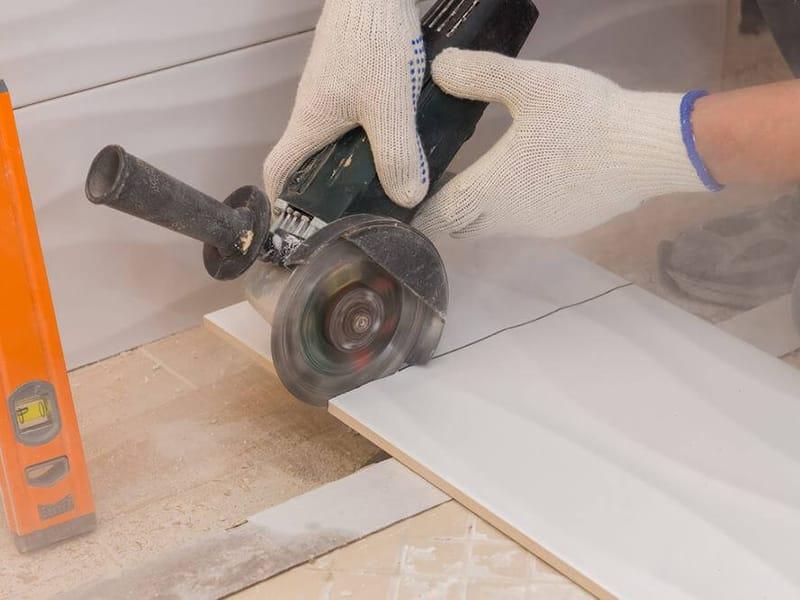 Какие инструменты лучше использовать для резки керамической плитки?