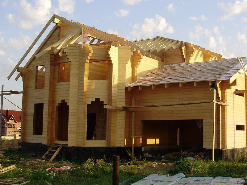 Клееный брус - отличный материал для строительства