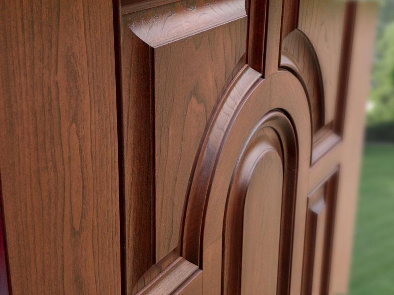Как ухаживать за деревянными дверями?